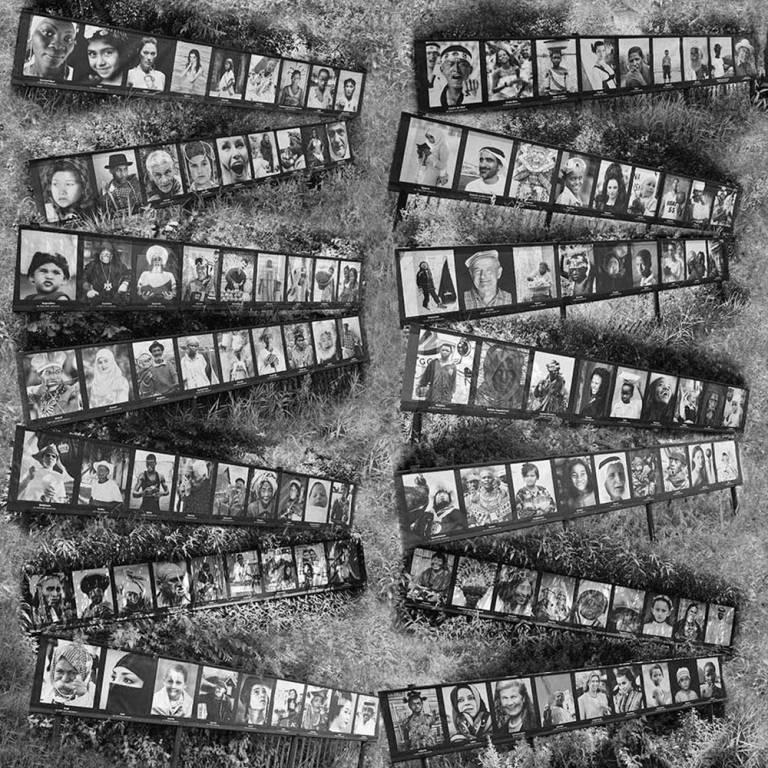 Collection de portraits d'hommes et de femmes du monde entier